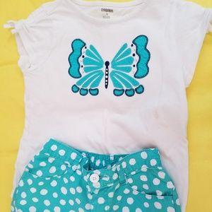 Gymboree 2 piece matchung short & shirt set.